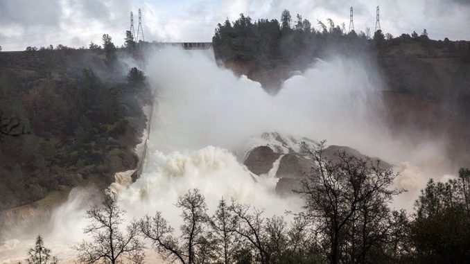 Collapse 'Imminent' for Spillway at America's Tallest Dam — 'Urgent' Evacuations Underway in Oroville, CA